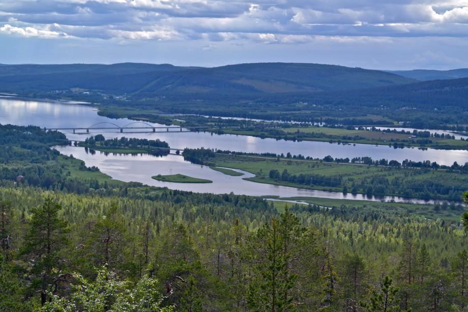 Rieka Torneälven –hranica medzi Švédskom aFínskom