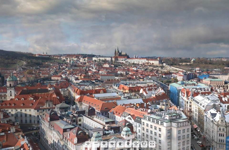 Praha akonadlani. Gigapixelová panoramatická fotografia