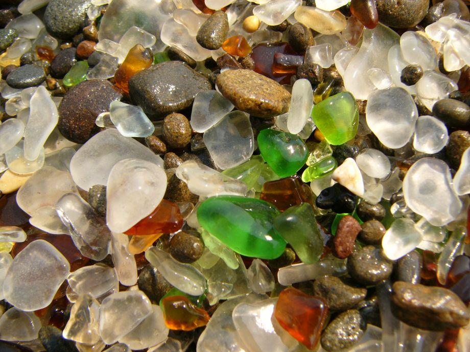 Sklenená pláž vKalifornii