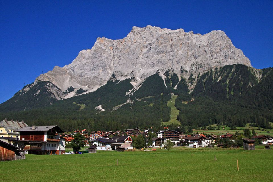 Vystúpte nanajvyšší vrch Nemecka Zugspitze