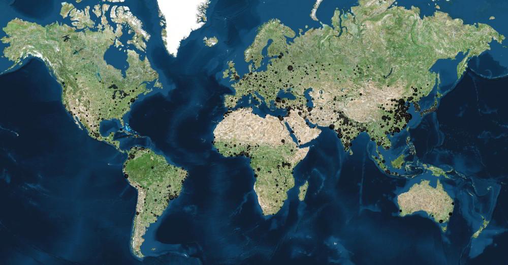Kde je vyše 4000 miest sveta sviac ako100 tisíc obyvateľmi?