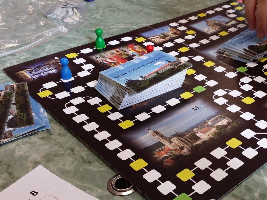 stolová hra projekt škola