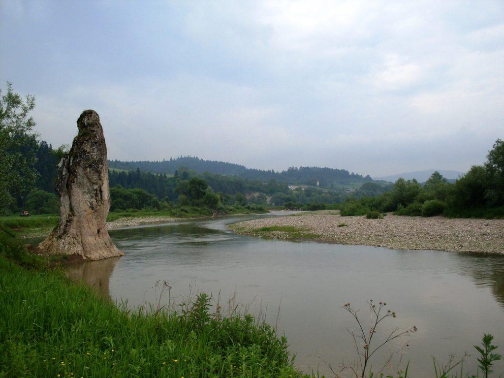 skalná ihla Čertova skala