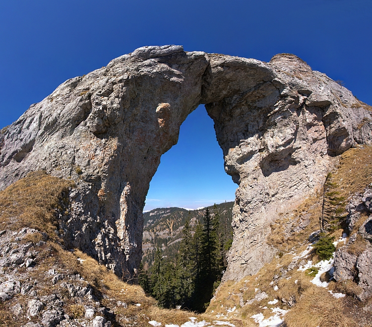 Okno skalná brána
