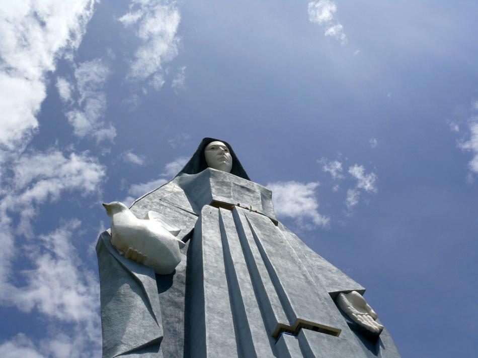 Kde je najväčšia socha Panny Márie?
