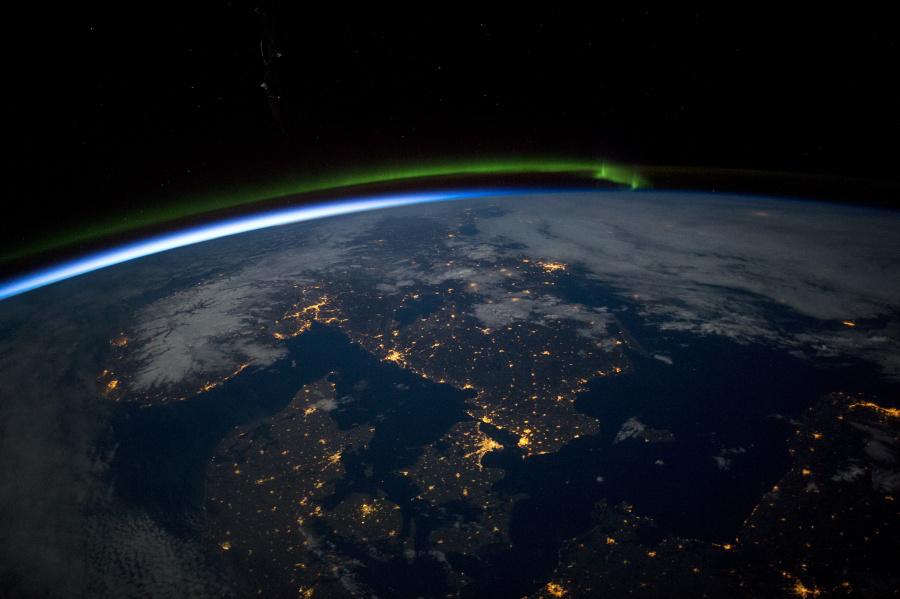 Nočná Škandinávia pohľadom zISS