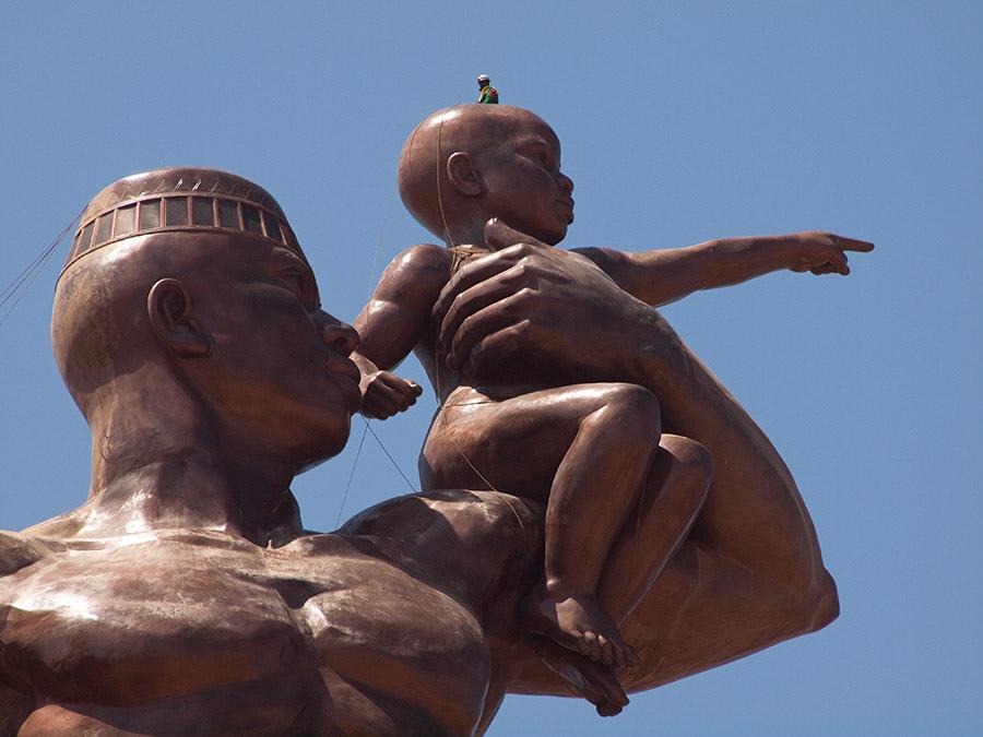 Znovuzrodenie Afriky socha Senegal