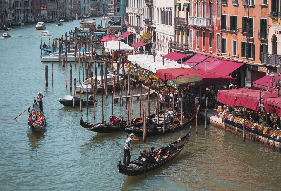Benátky problémy s turizmom