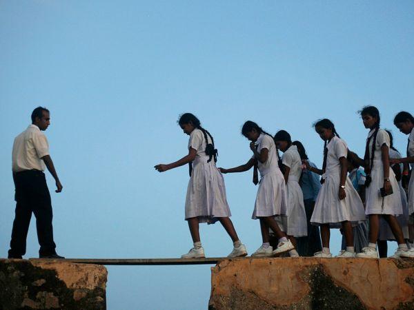Cesta doškoly. Akocestujú deti zavzdelaním (skupinová aktivita)