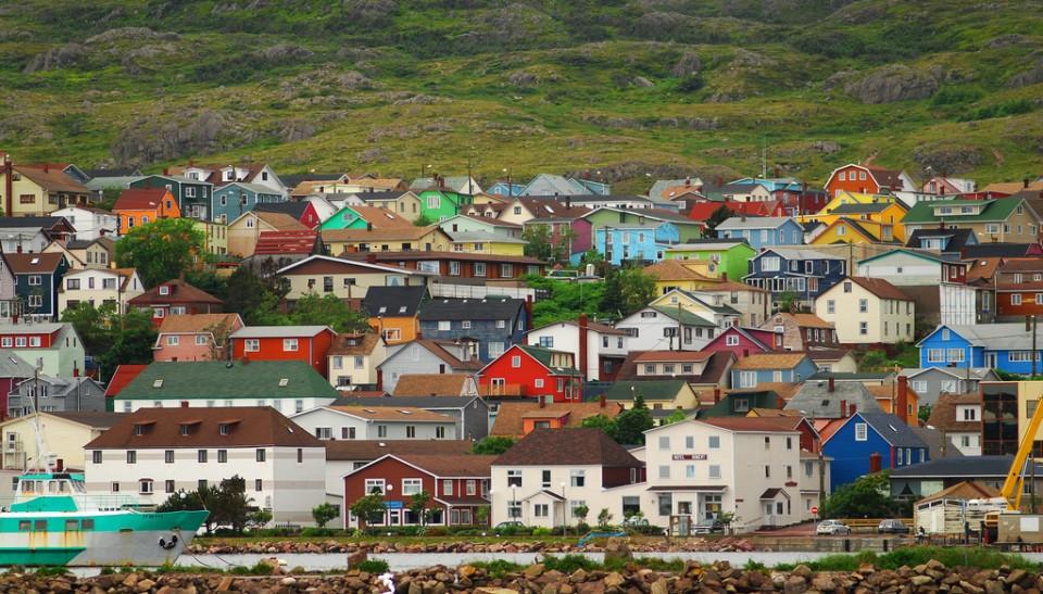Francúzsko prikanadských brehoch –ostrovy Saint-Pierre aMiquelon