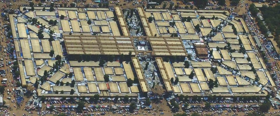 Mestský trh vhlavnom meste Nigeru Niamey je svet sám osebe