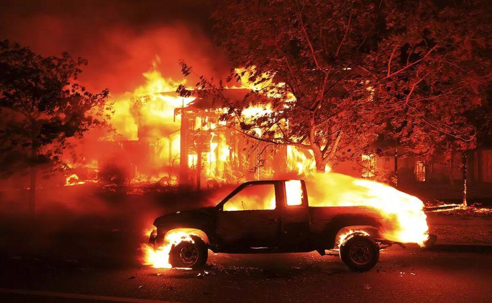 Požiare vKalifornii spustošili oblasť väčšiu akoNitriansky okres