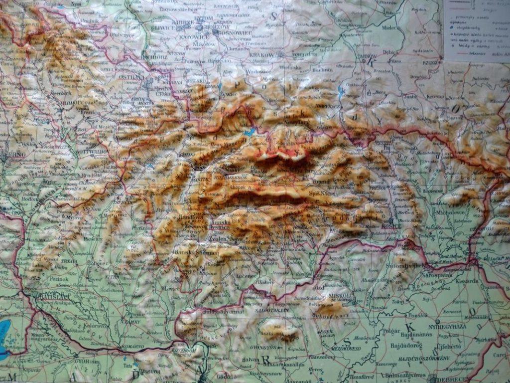 plastická mapa Československo