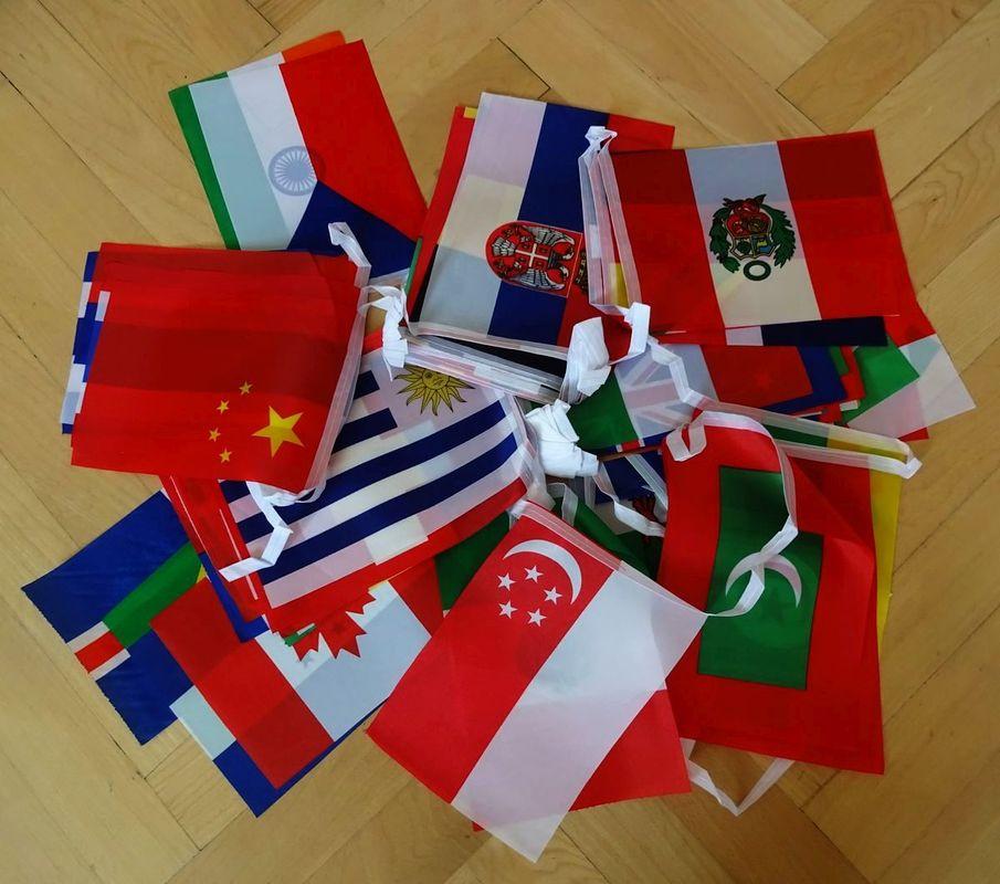 štátne vlajky dekorácia