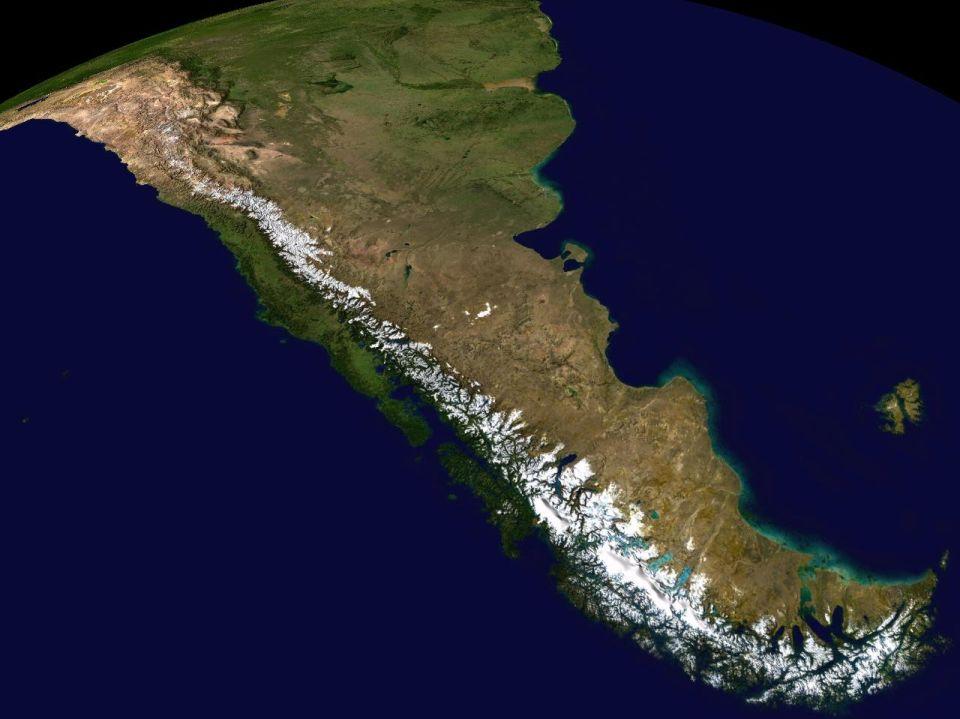 Andy satelitná snímka