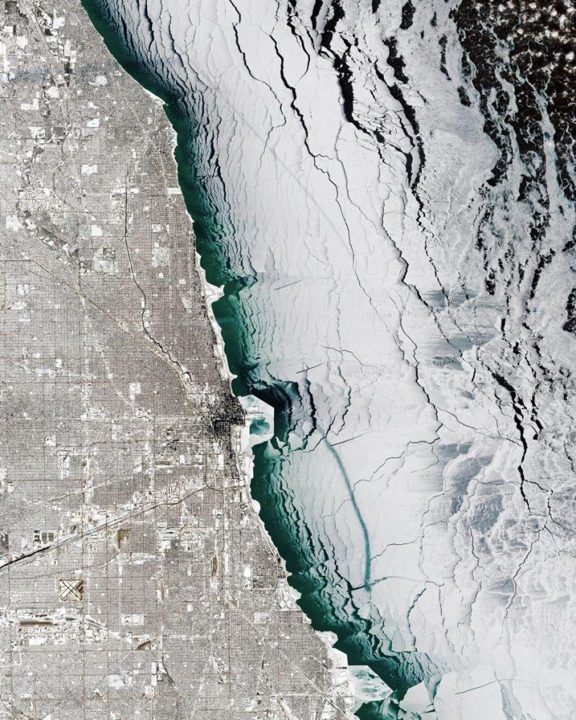 zamrznuté jazero